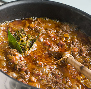 Reheating a meat sauce