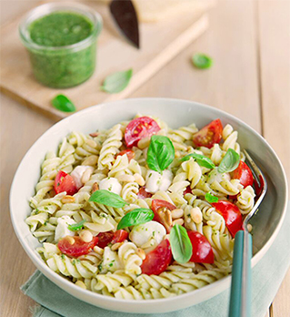 Fusilli salad with pesto